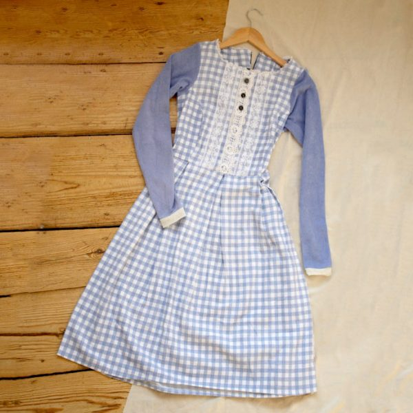 Frau Lux True Vintage Kleid close up