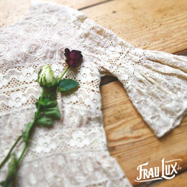 Frau Lux Vintage – Brautkleid aus grober Spitze
