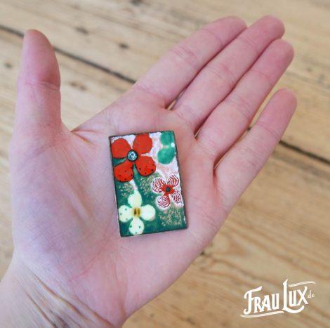 Frau Lux Vintage – Brosche Blumenmalerei