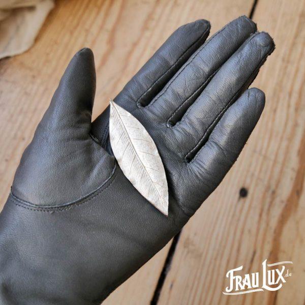 Frau Lux Vintage – Brosche silbernes Blatt