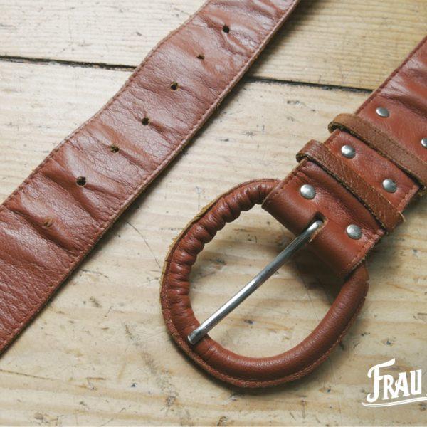 Frau Lux Vintage, Ledergürtel