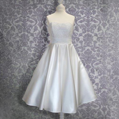 Hochzeitskleid Wadenlang Brautkleid 50er Jahre Frau Lux Vintage