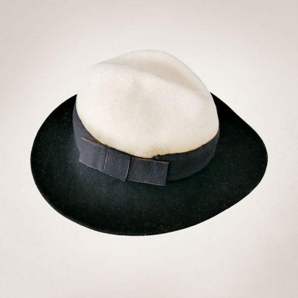 Frau Lux VIntage – Krempenhut schwarz weiß