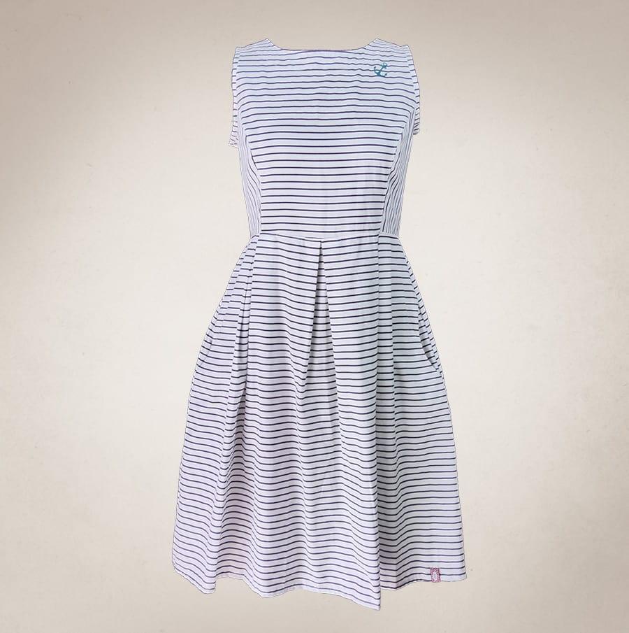 a1f807688a5 Maritimes Sommerkleid mit Anker weiß - Frau Lux Vintage