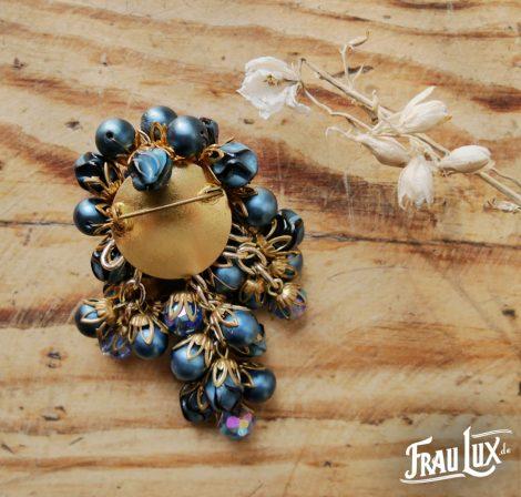 Frau Lux Vintage – Brosche Perlen blau