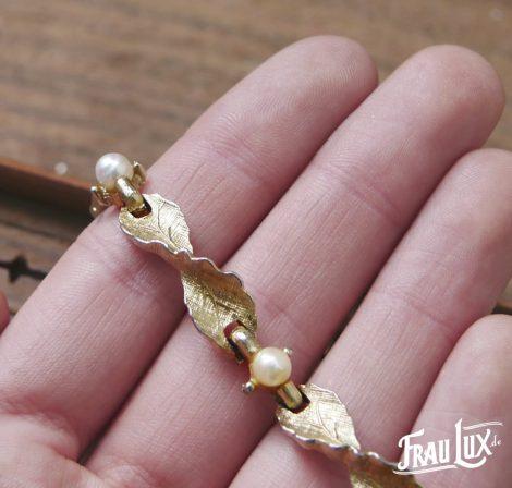 Feines Perlenarmband goldfarben