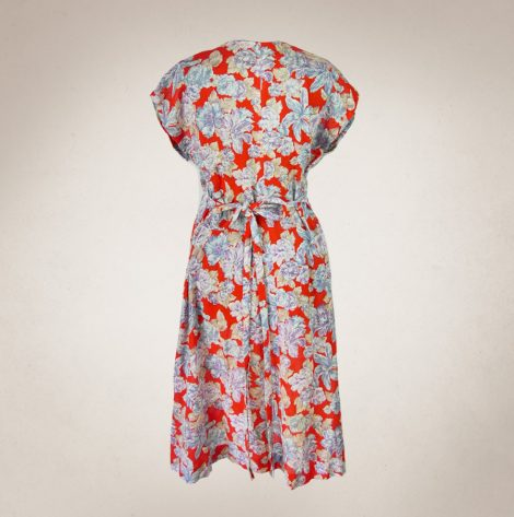 Frau Lux Vintage – Sommerkleid rot mit Blumenmuster