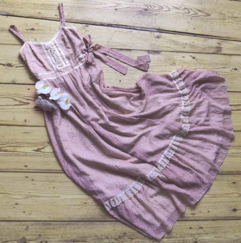 Frau Lux Vintage, Vintage Kleid