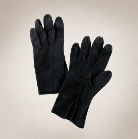 Frau Lux Vintage – samtig schwarze Handschuhe
